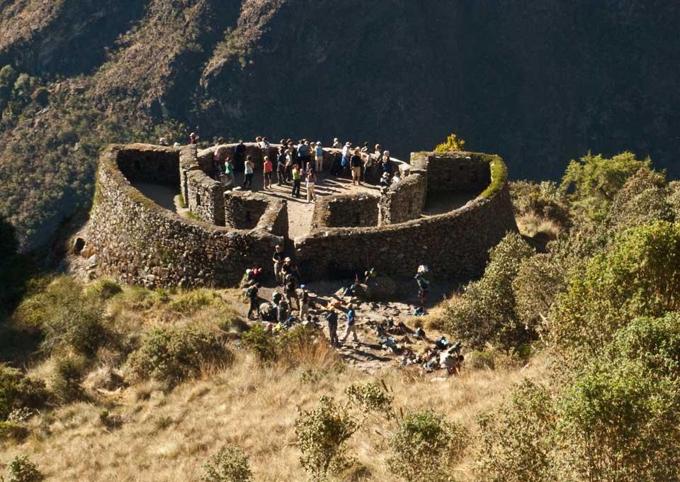 Runkuraqay Ruins - Inca Trail to Machu Picchu