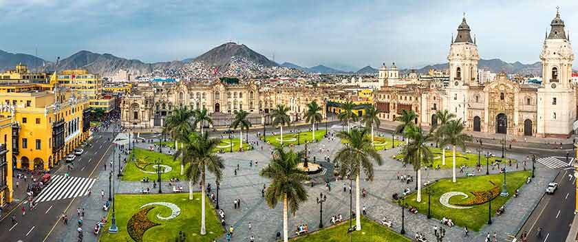 main square in lima active peru 21 days
