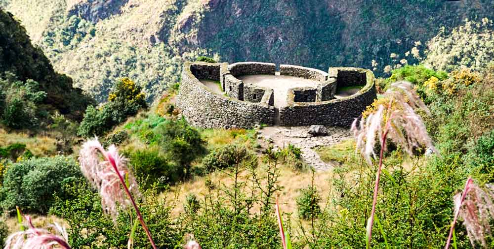 peru packages 10 days and inca trail 3rd day runcuracay