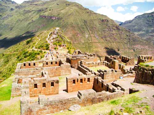 Classic package tour Cusco circuit 2021 luxury tour 15 days