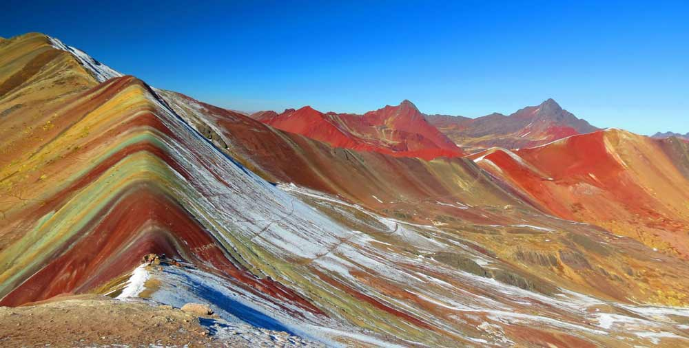 Rainbow mountain full day tour  2021